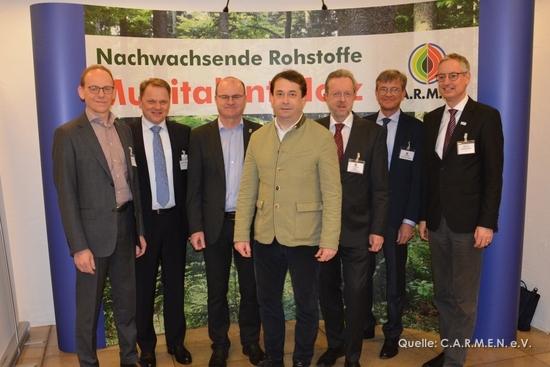 Kein Weg führt am Holz vorbei - 27. C.A.R.M.E.N. Forum in Straubing