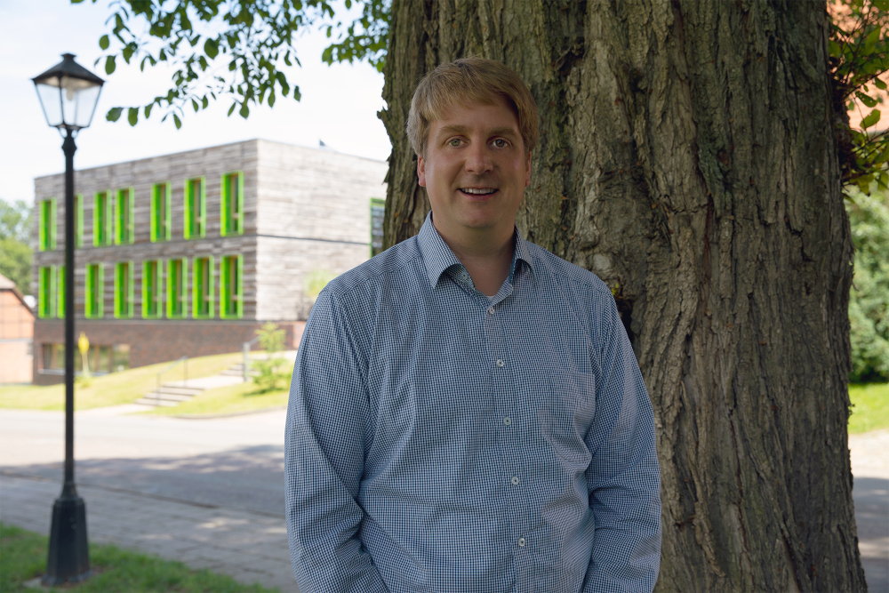 Gesellschaft ohne Forst und Holz undenkbar - Interview mit Marcus Kühling