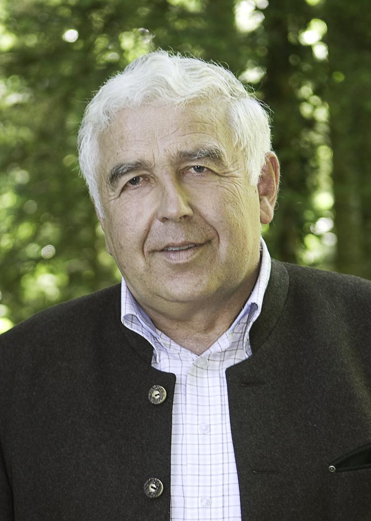 Pressemitteilung des Waldbesitzerverbandes: Waldbesitzer trauern um ihren Ehrenpräsidenten Josef Spann