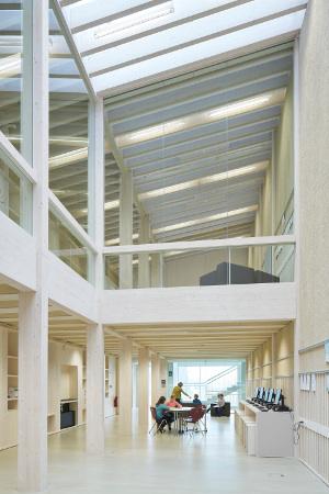 Bayerischer Energiepreis 2016: Gymnasium Diedorf gewinnt Kategorie