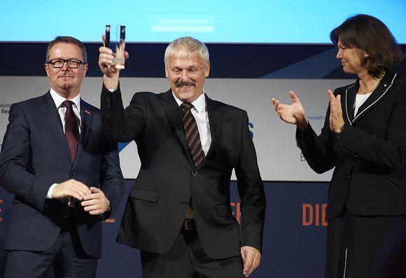Wintergärten für die Welt: Schreinerei Eichinger erhält Bayerischen Exportpreis